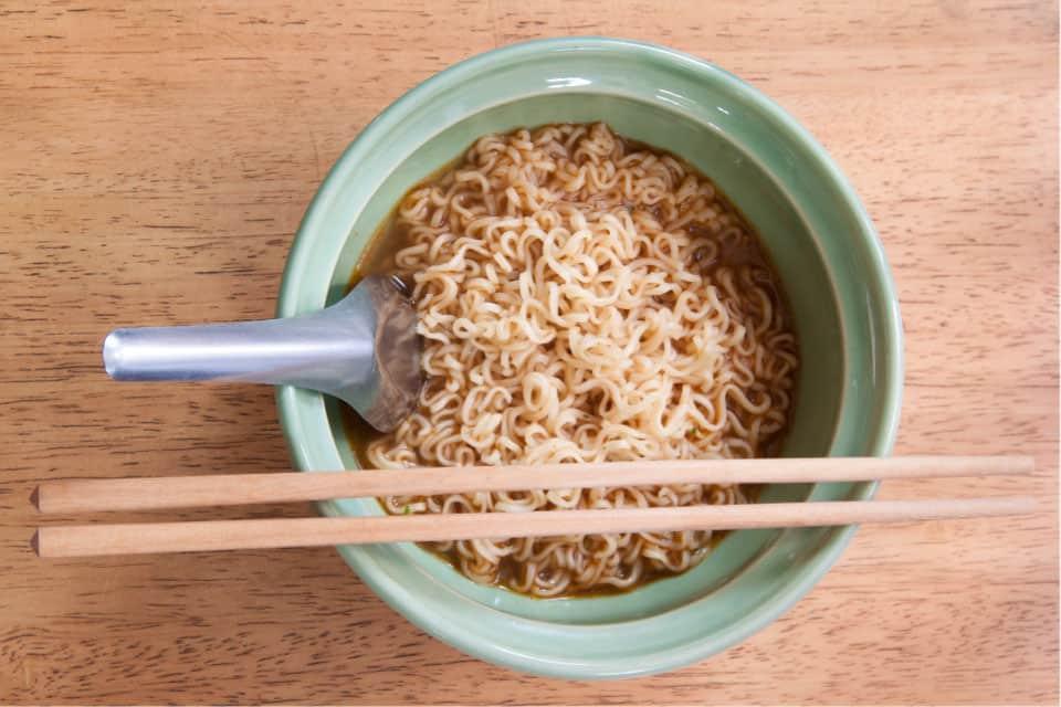 Cheap instnt noodles
